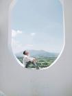 Há hốc mồm với xuất xứ của background sống ảo hình cửa sổ máy bay