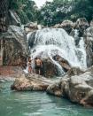 Không phải Nha Trang, suối Ba Hồ mới là điểm hút giới trẻ ở Khánh Hoà