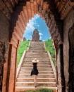 Tháp Bánh Ít thu hút giới trẻ Việt check-in